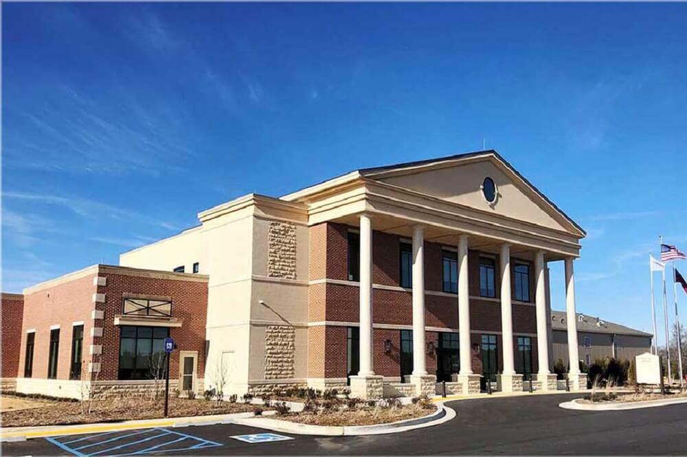 Exterior view of Morgan Memorial Hospital in Madison , GA