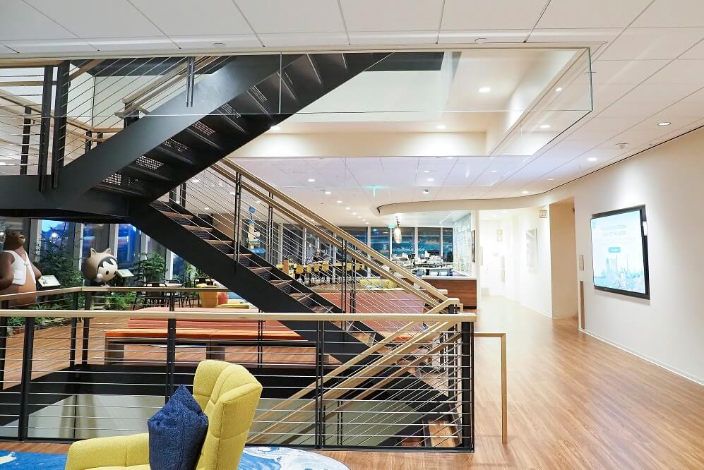 Open railing staircase at Salesforce Global Headquarters in San Francisco, CA.